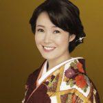 田川寿美 新曲「哀愁酒場/火の舞」発売記念で山野楽器一日店長